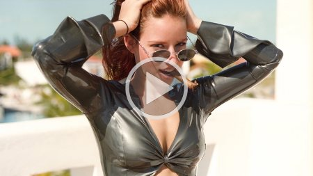 bianca beauchamp 2001 dreams and reality silver cape screenshot