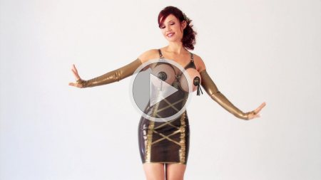 bianca beauchamp 2011 westward bound golden dress screenshot
