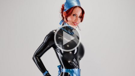 bianca beauchamp 2011 westward rubber maid hobble dress screenshot