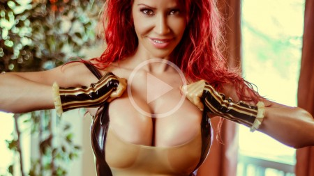 bianca beauchamp 2015 motel latexploitation screenshot play