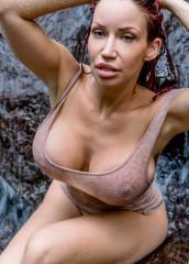 20xx-xx-waterfall-in-love-07284-033